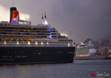 Queen Mary 2 V